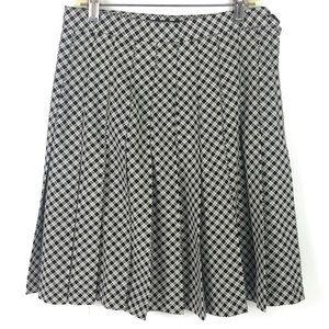 Metro Collection New York Plaid Pleated Skirt Sz 6